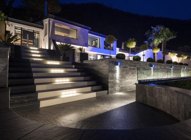 Osvetlitev stopnišča